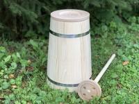 Деревянная ручная маслобойка